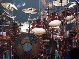Dave Grohl v Neil Peart: who's the best?