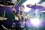 Video: Travis Barker shares warm up tips
