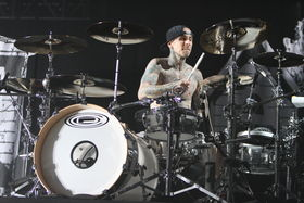 In Pictures: Travis Barker live with Blink-182