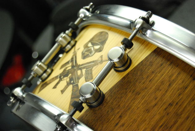 The snare in detail