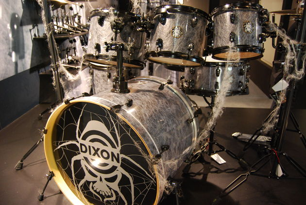 Dixon Black Widow kit