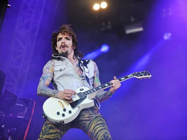 Justin Hawkins at Download 2011