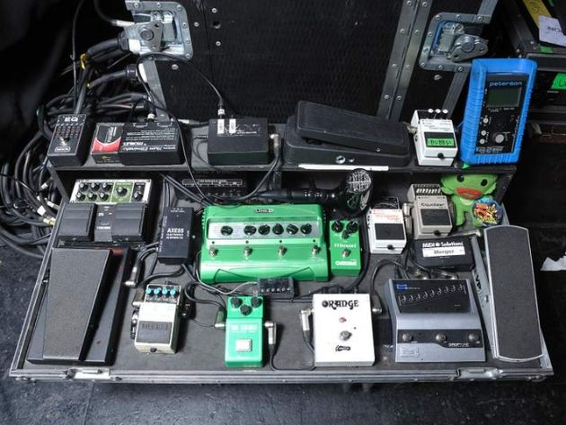 Brent Hinds' pedalboard