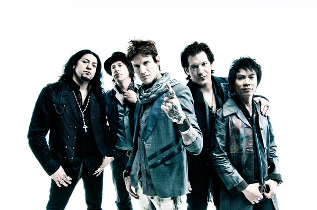 Video: buckcherry talk new record