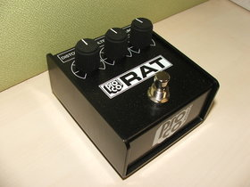 Rat 85 white face distortion pedal reissue above