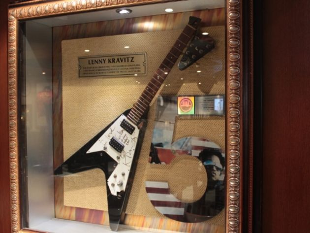Lenny Kravitz's broken Gibson Flying V