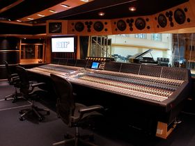AIR Studios announce guitar recording masterclass