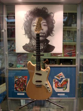 Jimi hendrix guitar auction