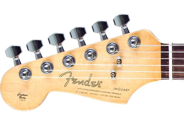 Also unusual is the guitar's Strat sized headstock, complete with non-period-correct 'spaghetti' Fender logo.