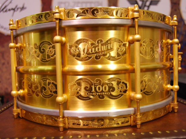 Ludwig's 24k gold snare: what credit crunch?