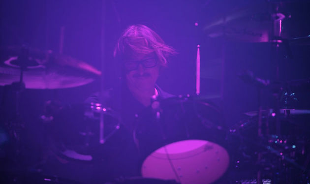 Butch Vig live behind the kit with Garbage